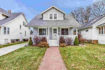 6607 29th Ave Kenosha, Four BR home with loads of
