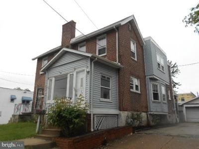 3 Bed 1 Bath Foreclosure Property in Prospect Park, PA 19076 - Lincoln Ave