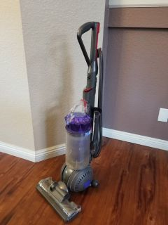 Dyson vacuum cleander DC41 ball animal
