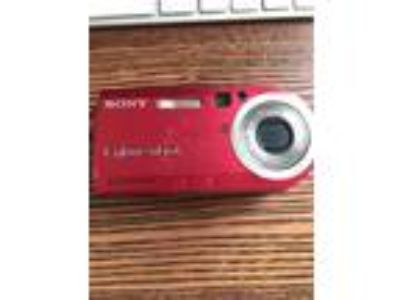 Sony Cyber-shot 5.1 Megapixels Red