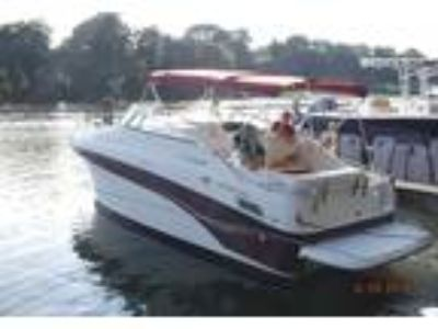 2003 Crownline 262-CR Power Boat in Pasadena, MD