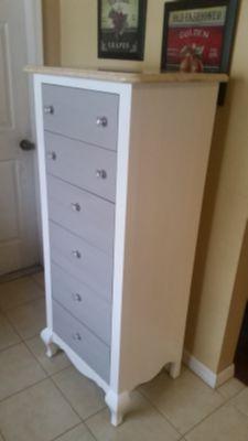 Thin dresser