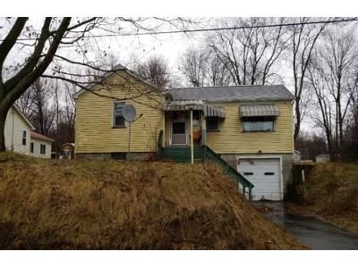 2 Bed 1 Bath Foreclosure Property in Harmonsburg, PA 16422 - Cemetery Rd