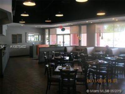 Vendo Restaurant Miramar $ 229,000