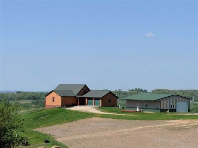 62932 Lohmann LN Eastman Four BR, Amazing views and perfect mix