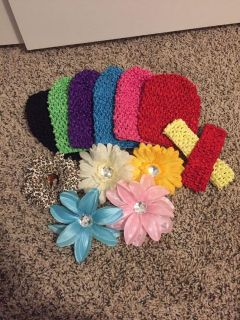 Baby headbands, hats and flower clips set