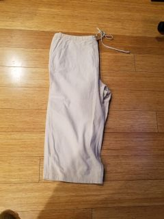 Capris. Large. See additional pics