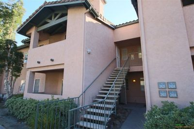 Hello This 899 square foot condo home has 2 bedrooms and 2.0 bathrooms. so if you are interested...