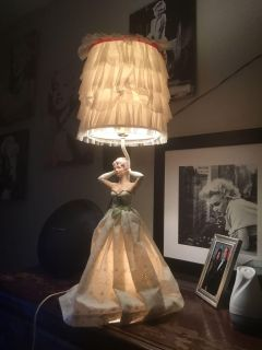 Southern Belle lamp