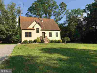 125 Warwick CT Sewell Three BR, Nice custom home with cathedral