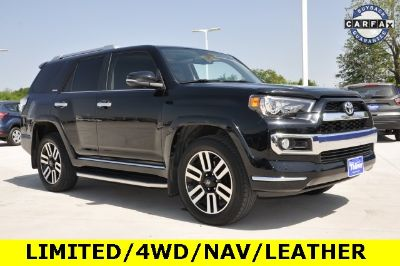 2015 Toyota 4Runner SR5 (Attitude Black Metallic)
