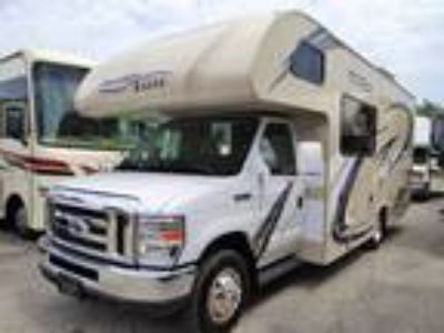 2018 Thor Motor Coach Freedom Elite 23H Rear Queen Bed