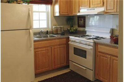 2 bedrooms - Colonial Apartments are conveniently located just off 100 and 97. Pet OK!