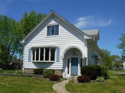 4 Bed 2 Bath Foreclosure Property in Lake View, NY 14085 - Lakeview Rd