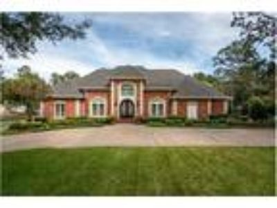 Beautiful Home on Chenal Country Golf Course