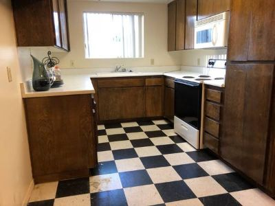 Large 2BR/2BA Condo 1st floor with New efficient A/C