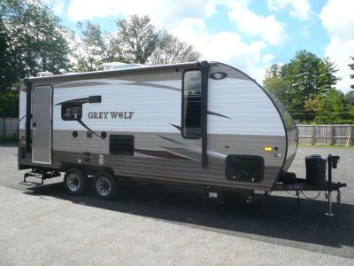 2016 Forest River Grey Wolf 19RRC