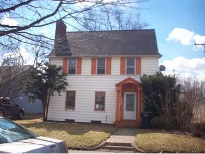 3 Bed 1 Bath Foreclosure Property in South Bend, IN 46628 - Hartzer St