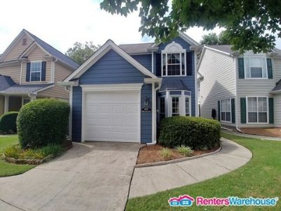 Beautiful 3 Bedroom in Swim/Tennis Community