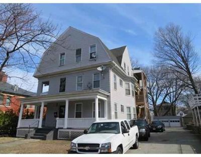 78 Downing St Worcester Seven BR, Big Cash Flow Positive 6 Unit