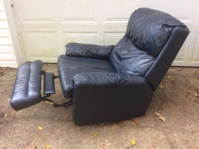 Stratolounger recliner / rocker chair in very good condition
