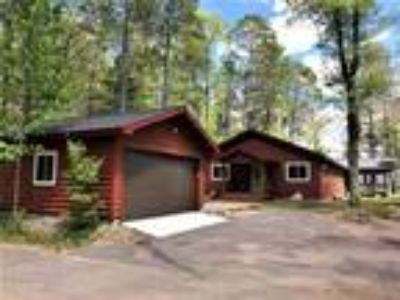 Big Crawling Stone Lake Home with Guest Cottage!