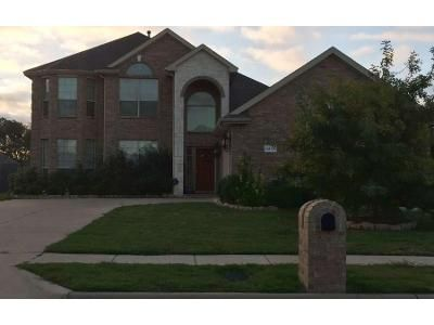 5 Bed 3 Bath Preforeclosure Property in Red Oak, TX 75154 - Fairhaven Dr