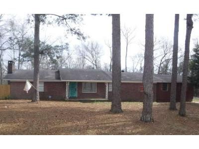 4 Bed 3 Bath Foreclosure Property in Atmore, AL 36502 - Martinville Loop