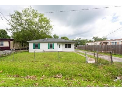 3 Bed 1 Bath Foreclosure Property in Raceland, LA 70394 - Triple Oaks Dr