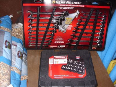 20 PC. GEARWRENCH SET AND 42 PC. SOCKET WRENCH SET