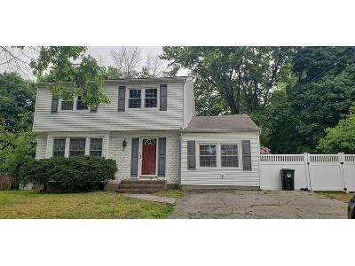 4 Bed 2 Bath Foreclosure Property in New Windsor, NY 12553 - Hearthstone Way