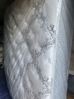 Display Mattress- Queen Size- Four Seasons Plush Firm Top with Used Box Spring- Price Not Negotiable