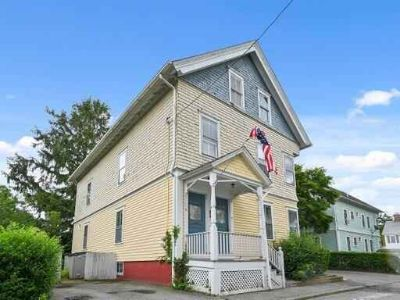 8 Noyes AV BRISTOL Four BR, Welcome to !! Look no further!!