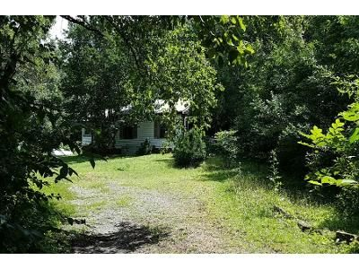 3 Bed 1 Bath Preforeclosure Property in Forest City, NC 28043 - Washington St