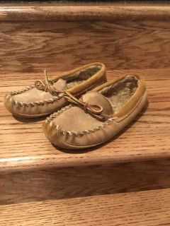 LL Bean kids house slippers/ moccasins, size 1