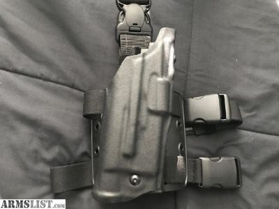For Sale: Safariland ALS Tactical Thigh Holster Glock 17 22 Right Hand Black 6355-832-131