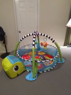 3-in-1 Grow with me Activity Gym & Ball Pit