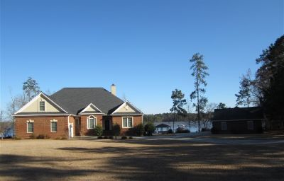 Character Property for Sale in Saluda, South Carolina, Ref# 3943091