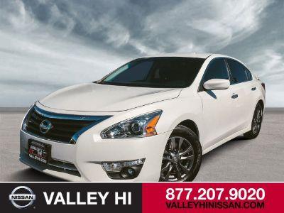 2015 Nissan Altima 2.5 (Pearl White)
