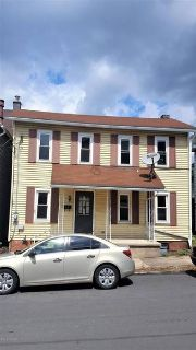 137 WALNUT Street Milton, Great Two-Story house.This home