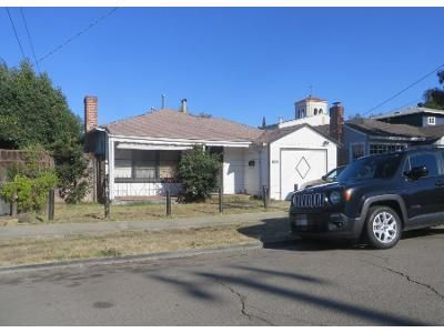2 Bed 1 Bath Preforeclosure Property in Oakland, CA 94619 - Courtland Ave