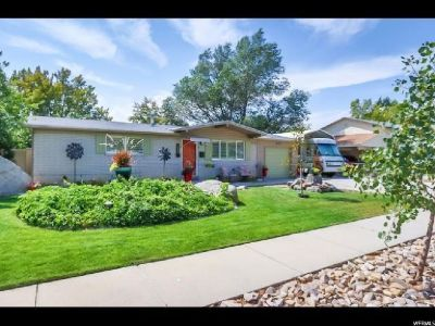 Sandy, UT Home for Sale - 4bd 2ba