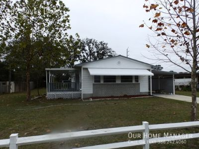 2/2 Mobile Home with carport