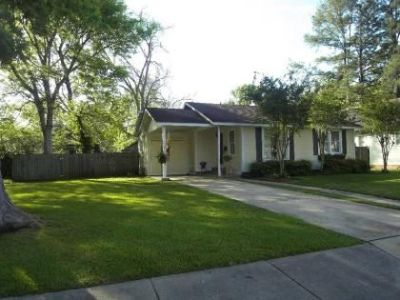 $126900  3br - 1460ftsup2 - Reduced