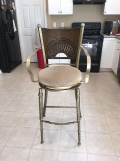 Antique Style Swivel Chair