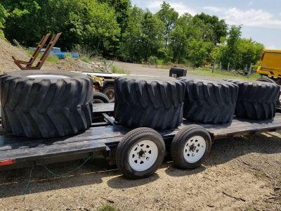 48X31X20 Firestone Floatation Mud Tires & Custom 2.5 Ton
