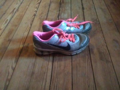 Pink/Silver Girls Youth size 4.5Y Nikes