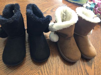 Toddler Girls Boots-Size 9