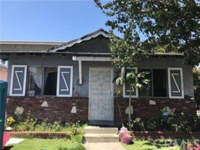 12761 Valens Street BALDWIN PARK, Duplex located at the end