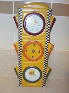 "HOME INTERIORS ""TRAFFIC LIGHT"" CLOCK & PICTURE FRAME"